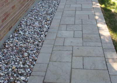 Stone Walkways & Patios